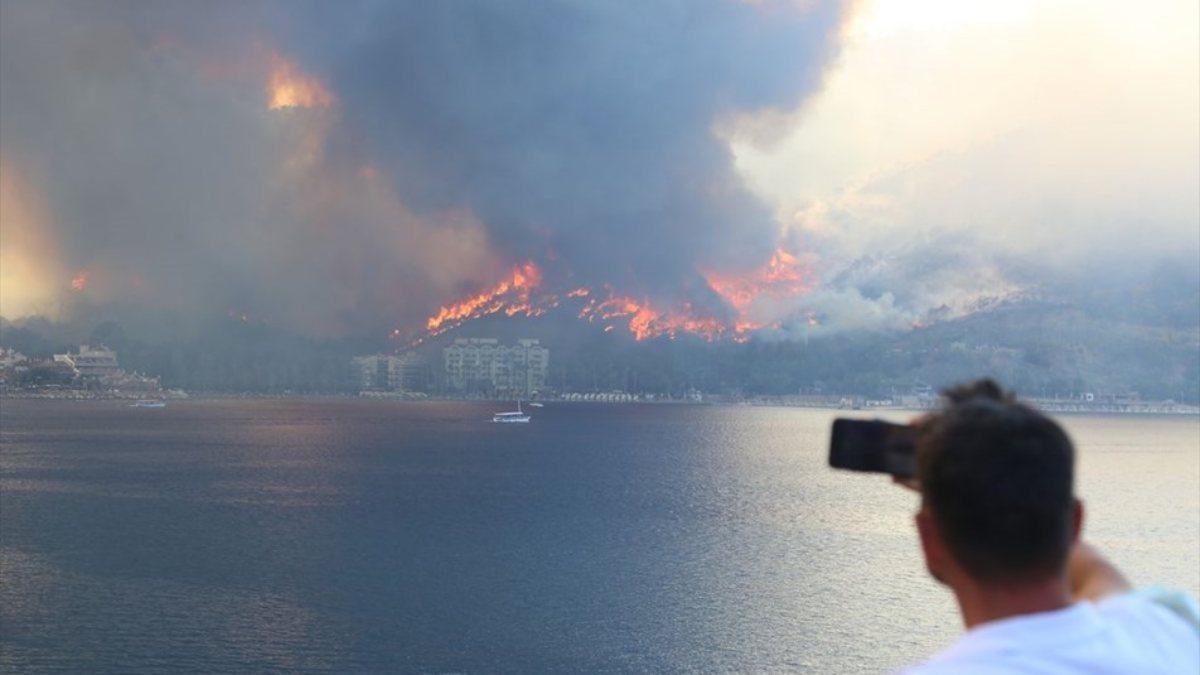 Yangından etkilenenlerin SGK prim borçları 4 ay ertelenecek